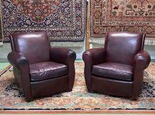 Paire de Clubs années 50 en cuir bordeaux -très bonne assise