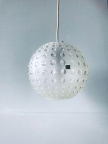Suspension boule vintage en plexiglass