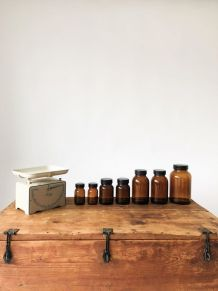 Lot de 7 flacons bocaux en verre ambré style apothicaire