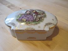 boite en porcelaine de limoges déco Fragonard