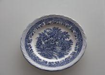 Assiette ancienne bleu et blanc en faïence anglaise