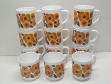 Lot 12 mugs fleur de Lotus