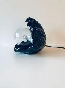 Lampe coquillage en céramique noire