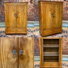 Petite armoire du XIXème en merisier