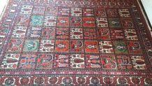 Tapis artisanal d' Orient Iran rouge