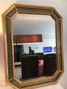 Miroir octogonal 1960s   doré. Coll. Brevetée. 83 cm 62 cm