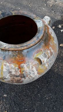 Jarre ancienne en terre cuite  avec anses