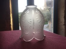 globe en cristal taillé meulé