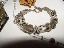 Bracelet ethnique métal argenté et pierre naturelle