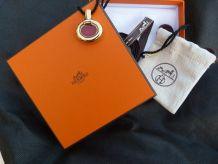 hermès collier  et boite cadeau