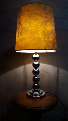 lampe velour et pied boules chrome typiq