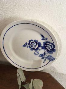 Plat rond de service St Amand fleuri en bleu.