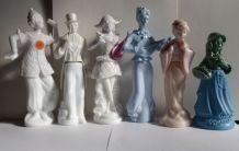 6 Très beaux Anciens flacons AVON de différents personnages