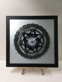 Pendule disque de moto