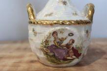 Flacon de toilette, décor WATTEAU - Porcelaine de Luxe