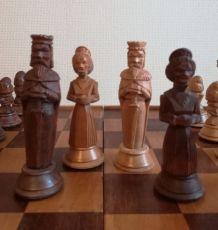 Jeu d'échec artisanat Hongrois 1958
