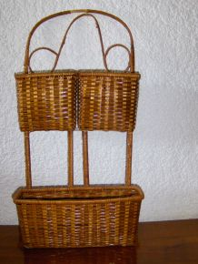 Porte-courrier / vide poches en osier