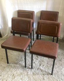 Set de 4 chaises modernistes A.R.P. – années 50