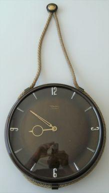 Horloge murale Diehl vintage attache marine corde dorée