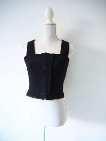 Corsage dirndl bavarois autrichien en laine noire vintage