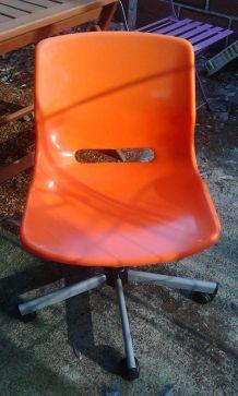 Chaise de bureau à roulettes Ikea vintage