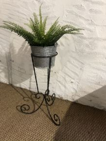 Porte plante fer forgé vintage