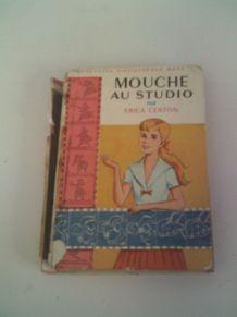 Livre Mouche au studio