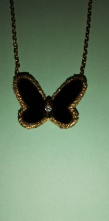 Pendentif papillon or 18k, onyx et brillant