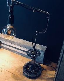 Lampe de table  industrielle