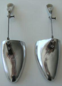 paire de forme chaussure en métal CLUB vintage
