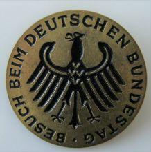 Broche Beush beim deutschen bundestag Visite au Bundestag