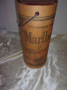 Boite cylindrique de la marque MALBORO
