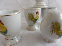 Ensemble de 4 coquetiers porcelaine/salière