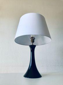 Grande lampe en céramique noire