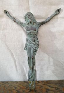 Christ ancien en bronze
