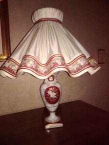 Grande lampe Porcelaines d'Art Pâte de Limoges signée L.D.
