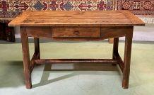 Table de ferme XVIIIème en merisier