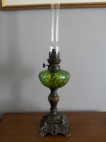 Lampe à pétrole  Époque Art Nouveau