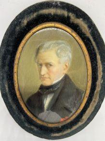 Miniature ovale XIX siècle