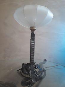 1 lampe en fer fogé de type calice 1930 28x18
