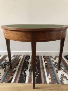 Table de salon marquetée XIX ème