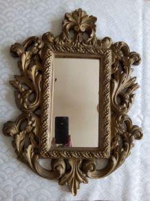 Miroir en plâtre doré  Style Louis XV