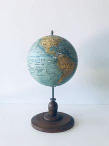 Globe terrestre ancien, fin 19ème siècle