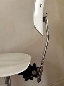jolie chaise vintage 70 en bois et chrome