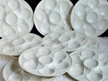 Assiettes à huîtres blanches, service à huîtres blanc.