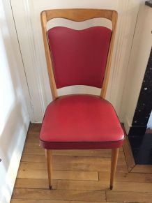 Lot de 3 chaises scandinave années 60 bois et skai rouge