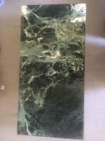 Adorable table ancienne de marbre vert