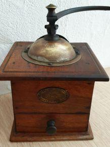 Ancien moulin à café Peugeot Frères N°1