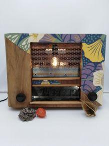 Lampe radio/lampe industrielle/detournement d'objet