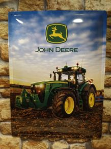 PLAQUE METAL EN RELIEF JOHN DEERE